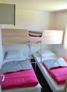 location-mobil-home-3-chambres-8-personnes-chambre-enfant-camping-au-lac-hautibus