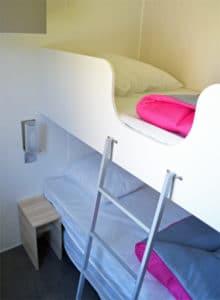 location-mobil-home-3-chambres-8-personnes-chambre-simple-camping-au-lac-hautibus