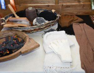 parc-animaux-alpagas-proche-camping-lac-hautibus-argenton-deux-sevres