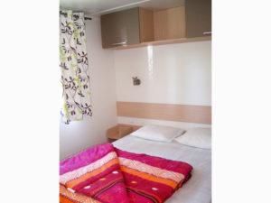 location-mobil-home-2-chambres-confort-plus-chambre-lit-double-deux-sevres-camping-au-lac-hautibus